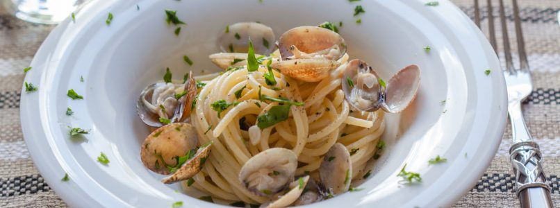 10 wines for ... Spaghetti with clams