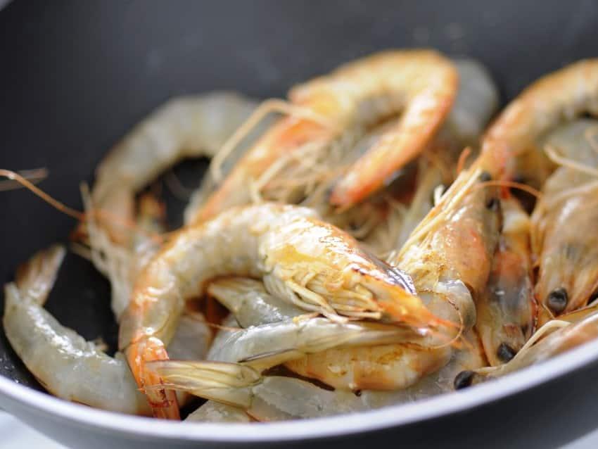 shrimp-skipped-cognac-cooking