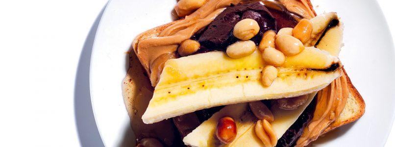 Chocolate, Banana and Peanut Toast Recipe