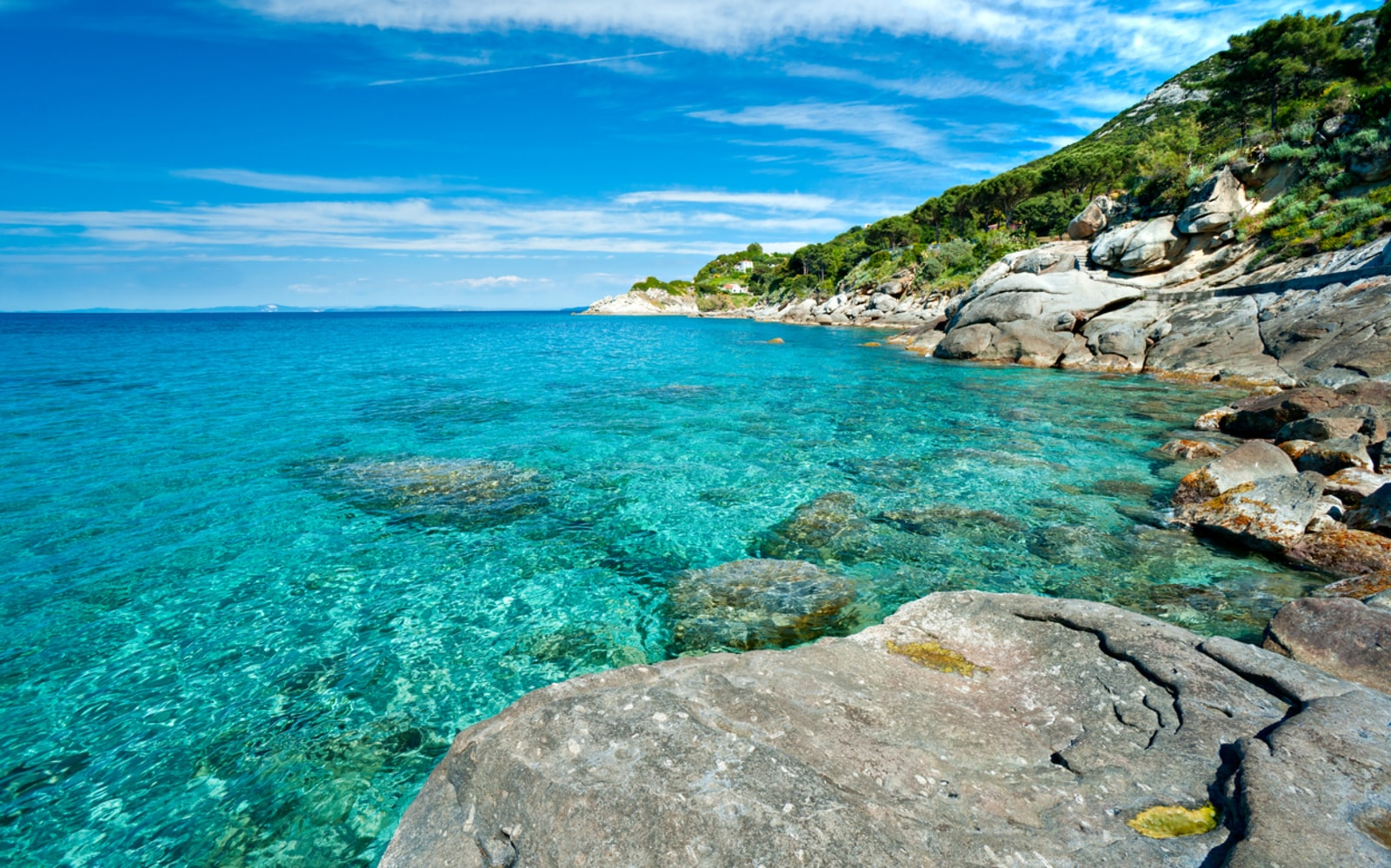 Blue flags, Italy has 385 excellent beaches