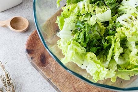 Cabbage salad: 5 creative ideas to make and combine it