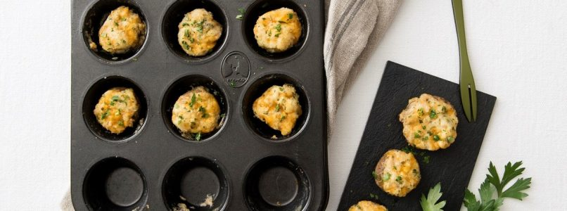Champignon stuffed with cheese and paprika