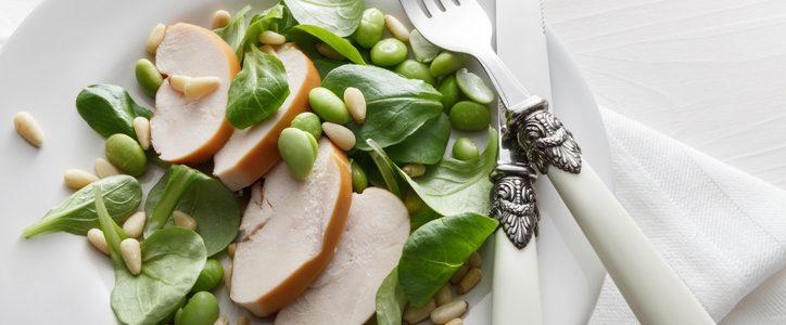 Chicken salad: lots of ideas for a lunch break when it's hot