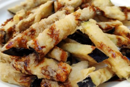 Eggplant fried with honey: the Andalusian recipe