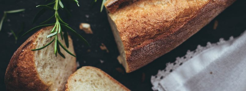 How to make herbal Easter bread