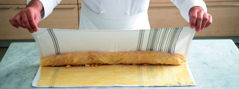 How to prepare strudel dough
