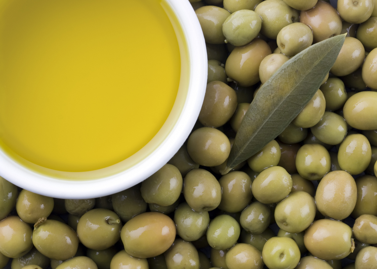 How to taste extra virgin olive oil and why buy various types