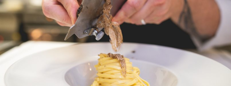 Irresistible truffle. A sensory journey to discover the most precious mushroom of the forest