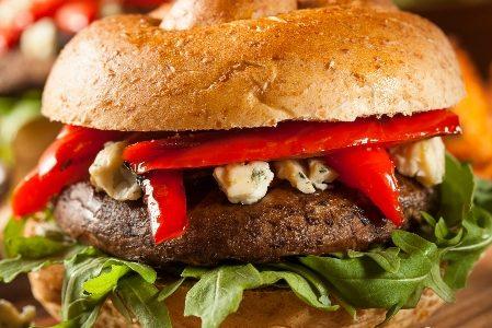 Mushroom burger: vegetarian and delicious!