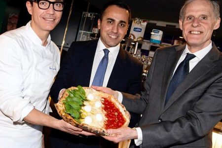 Pizza Coronavirus, Sorbillo makes peace with the French ambassador