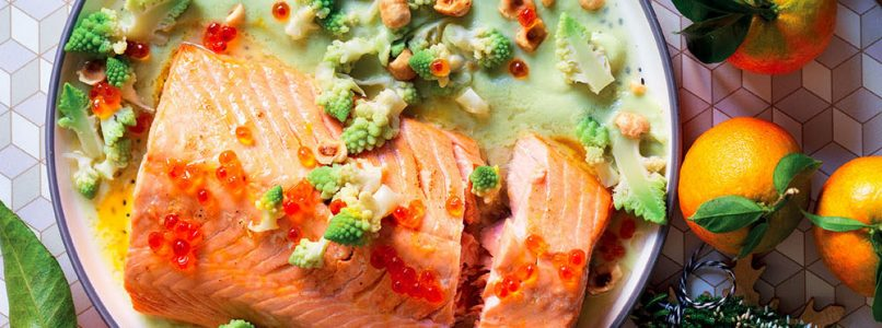 Recipe Baked salmon with broccoli cream and mandarin sauce