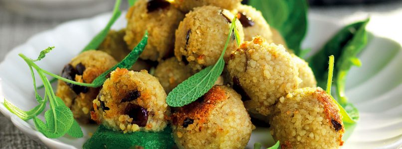 Recipe Couscous and eggplant croquettes with spinach sauce