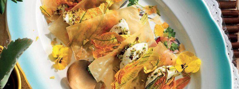 Recipe Crackers of filo pastry, mozzarella and dried petals