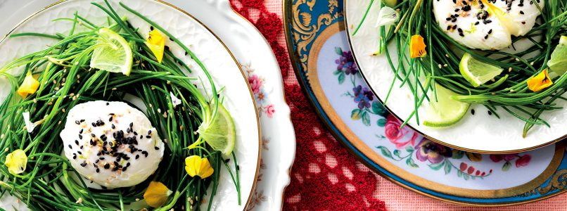 Recipe Eggs in a nest of agretti with lime