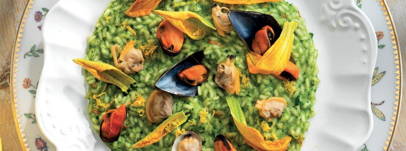 Recipe Parsley risotto with mussels and clams