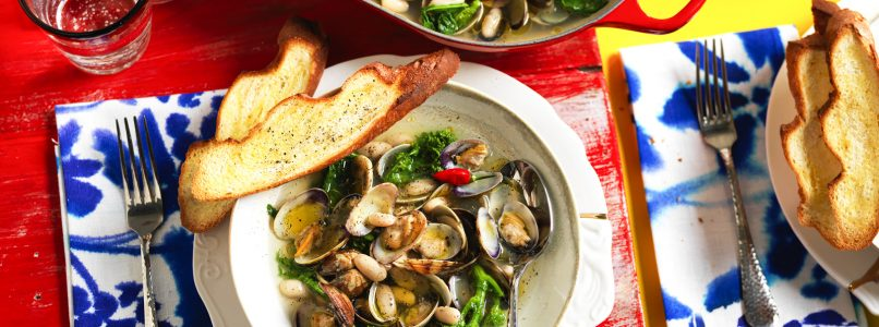 Recipe Soup with clams, mushrooms and turnip greens
