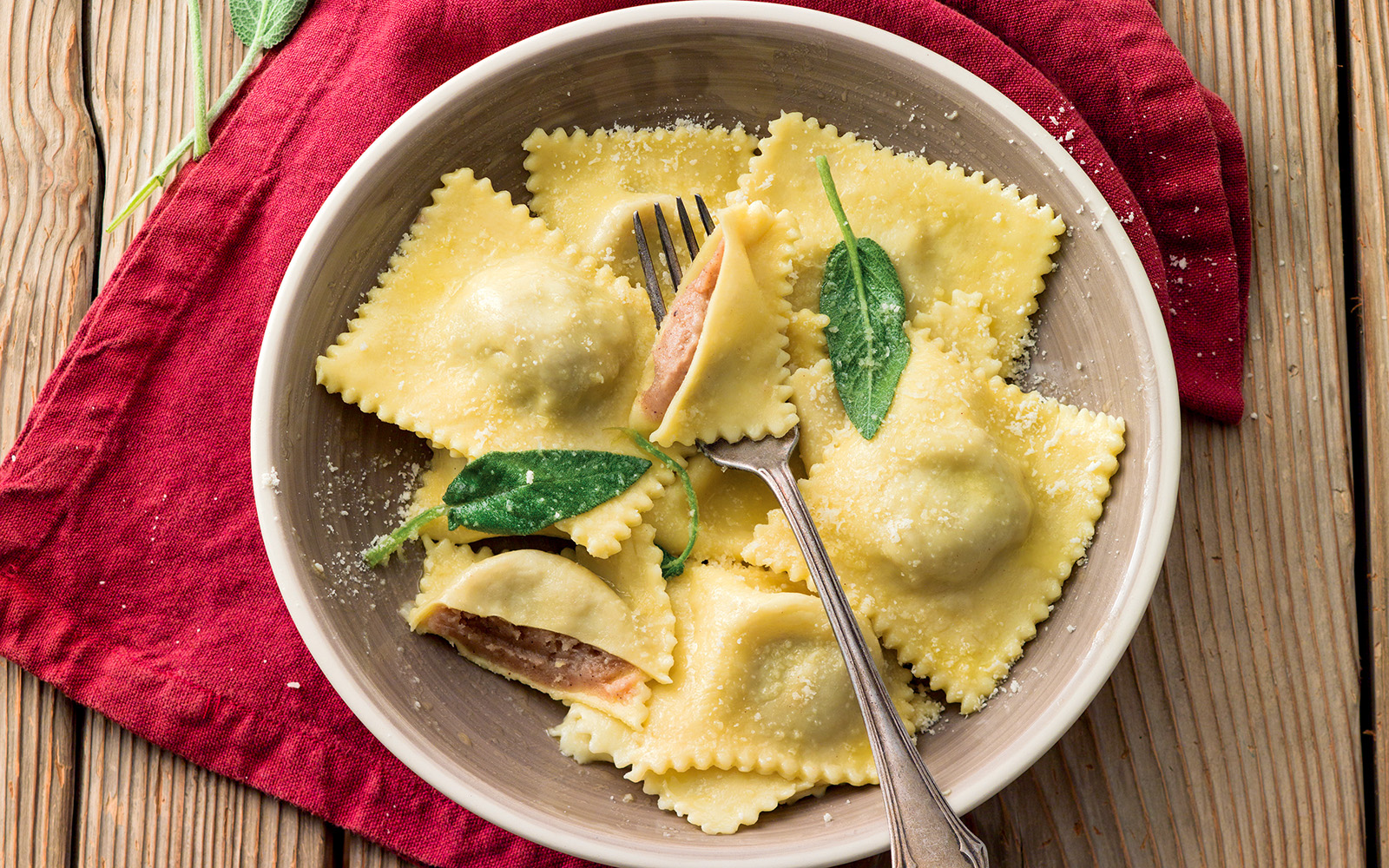 Recipe Spicy potato ravioli