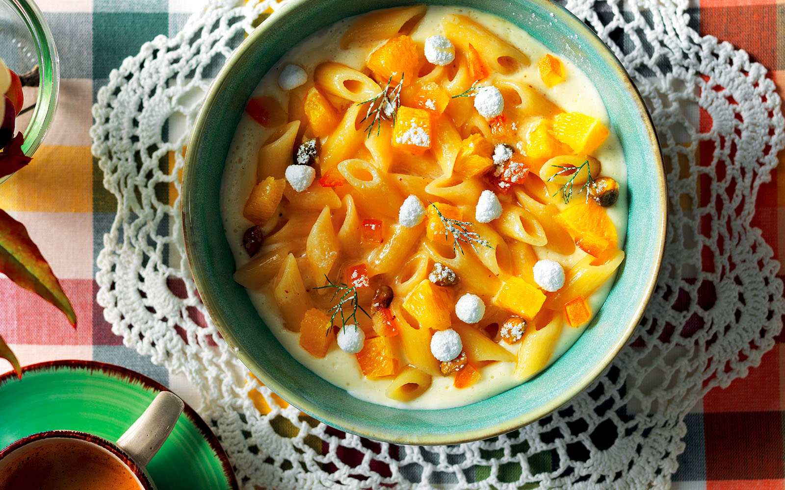 Recipe Sweet soup of penne and almond milk