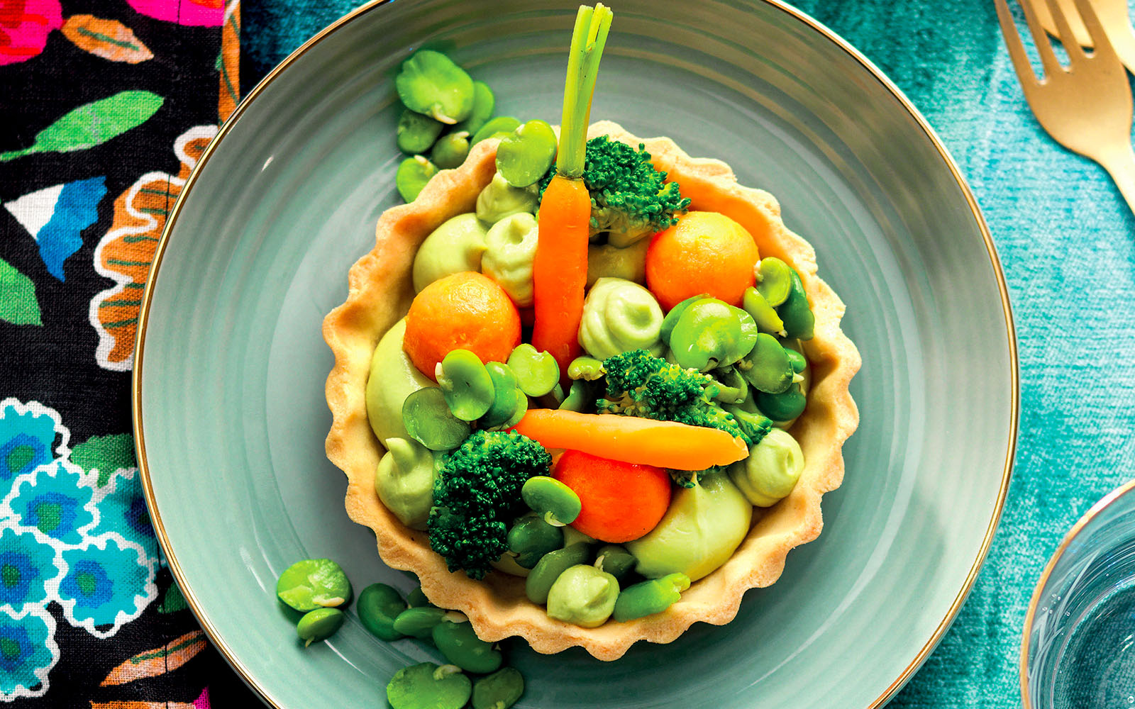 Recipe Tartlets with American potatoes and first fruits