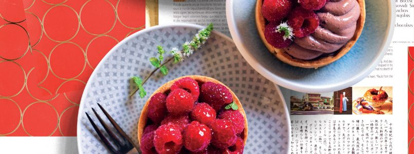 Recipe Tarts with cocoa cream and raspberries