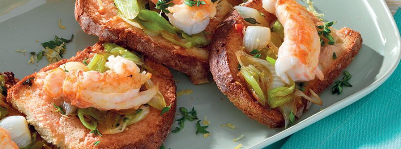 Recipe Thyme and lemon bruschetta with scampi