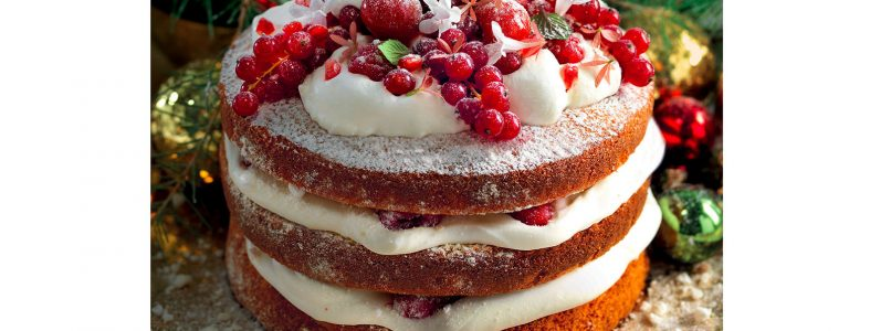 Recipe Triple cake with cream and red fruits
