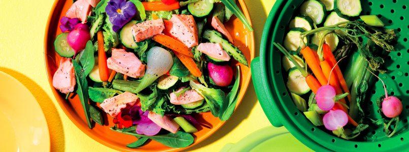 Recipe Warm salmon and vegetable salad