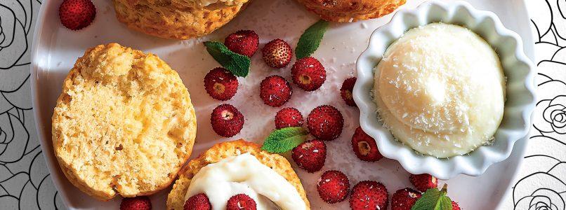 Scones recipe with coconut cream and strawberries