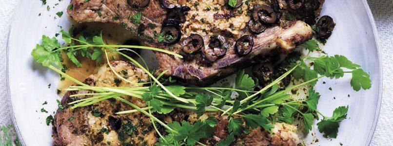 Spinu recipe of pork with black olives