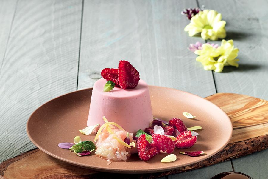 Raspberry and vanilla panna cotta with rhubarb