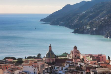 The Amalfi Coast becomes plastic free