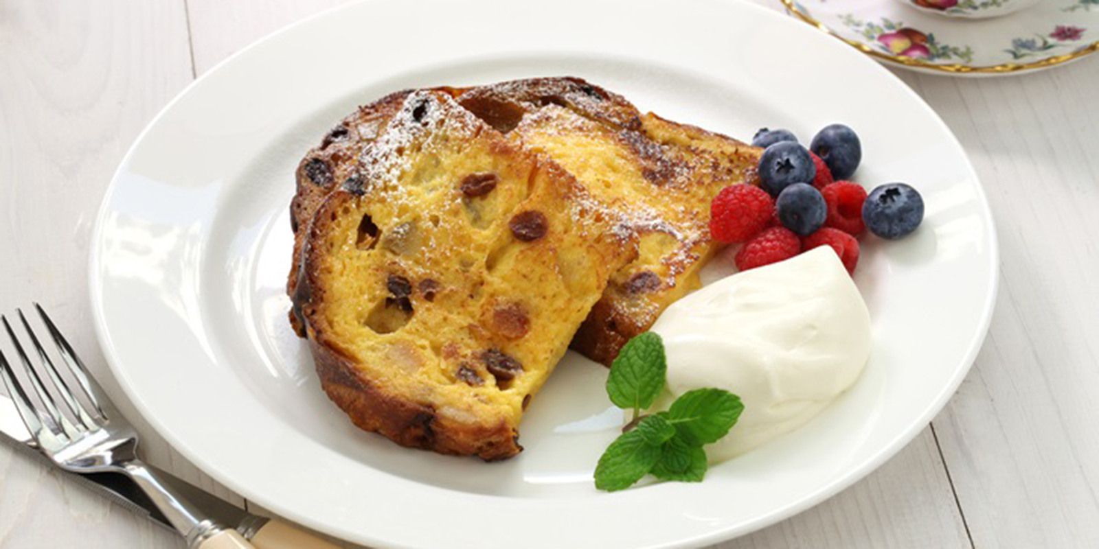 How to recycle the panettone: sweet and savory toast