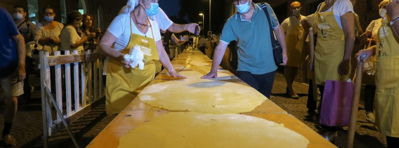 The longest pasta sheet in the world, the record in Forlimpopoli
