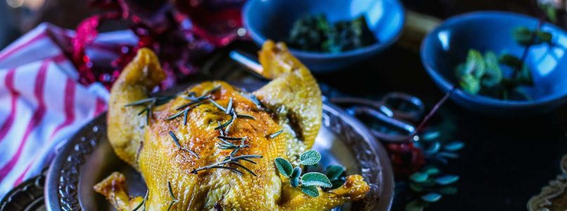 Turkey, capon, guinea fowl: three recipes for stuffed Christmas meats