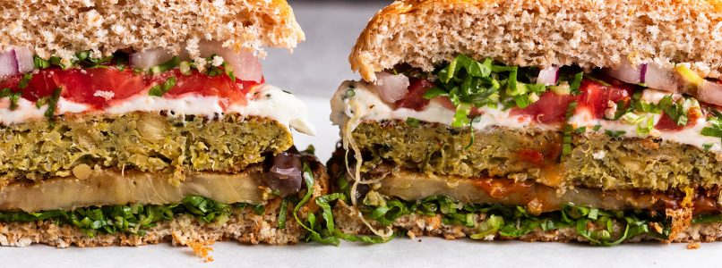 Vegetable and legume burger? Let's make it weird