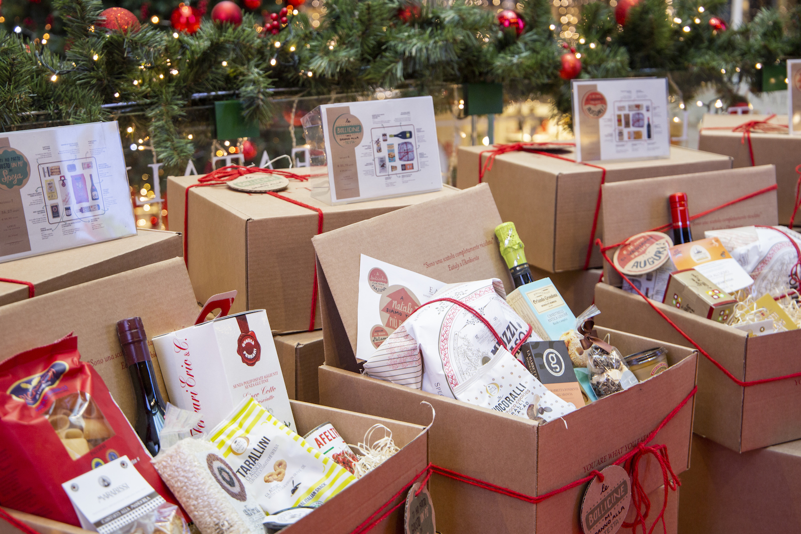 What a package this Christmas! Here are the Christmas baskets of Eataly