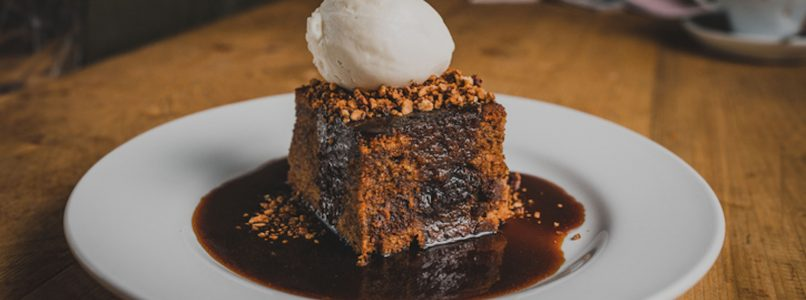 how to make Sticky Toffee Pudding